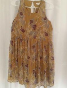 Xihliration medium dress no blemishes